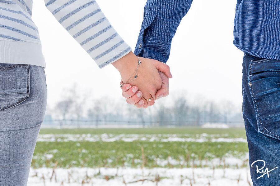 Loveshoot valkenswaard fotograaf huwelijk
