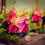 bruidsfotograaf-huwelijksfotograaf fotograaf trouwboeket kasteel Vught