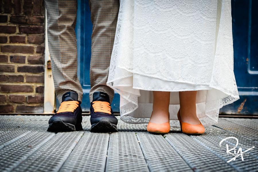 Trouwschoenen fotografie huwelijk bruidsfotograaf Nuenen