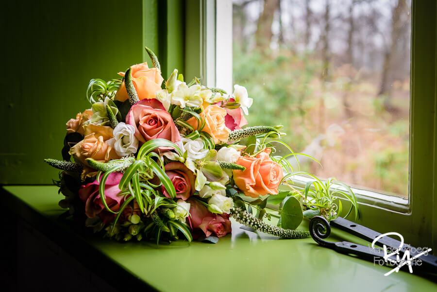 Trouwfotograaf regio Eindhoven bruidsboeket