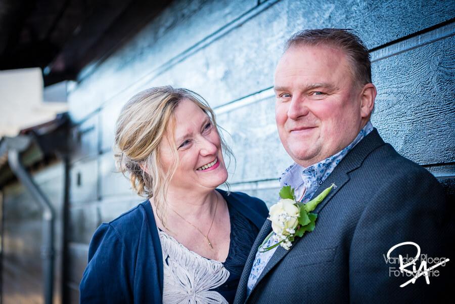 Fotograaf Valkenswaard bruidspaar Venbergse Watermolen trouwen