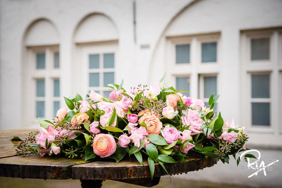 Henkenshage fotograaf trouwfotografie bloemen Brabant
