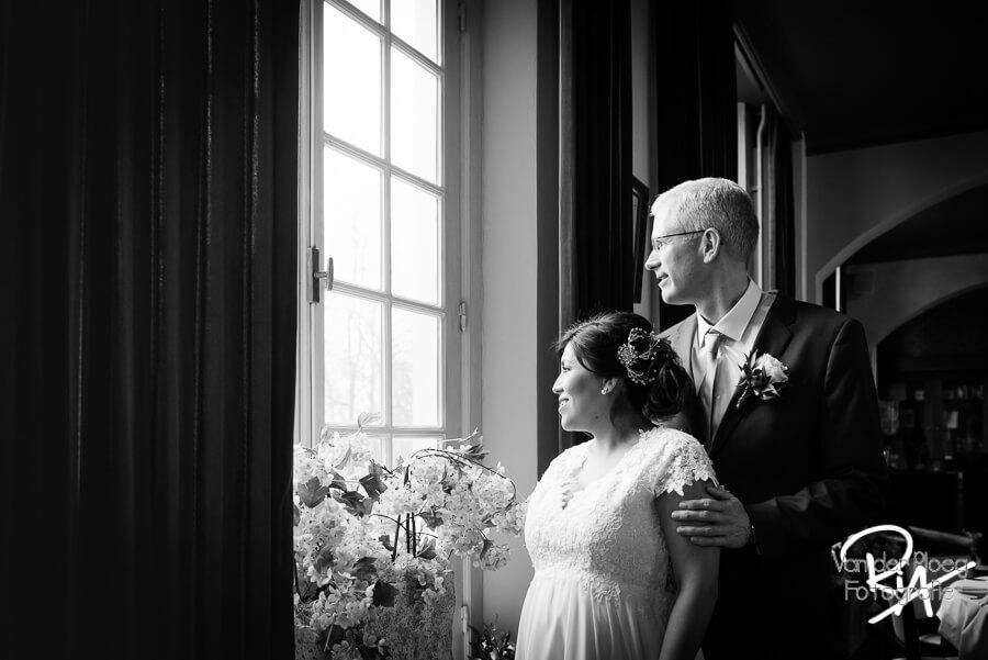 Trouwreportage trouwfotograaf Brabant Eindhoven zwart wit