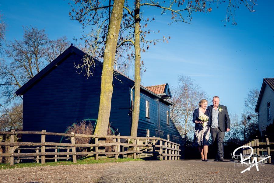 fotograaf Valkenswaard Venbergse Watermolen bruidspaar
