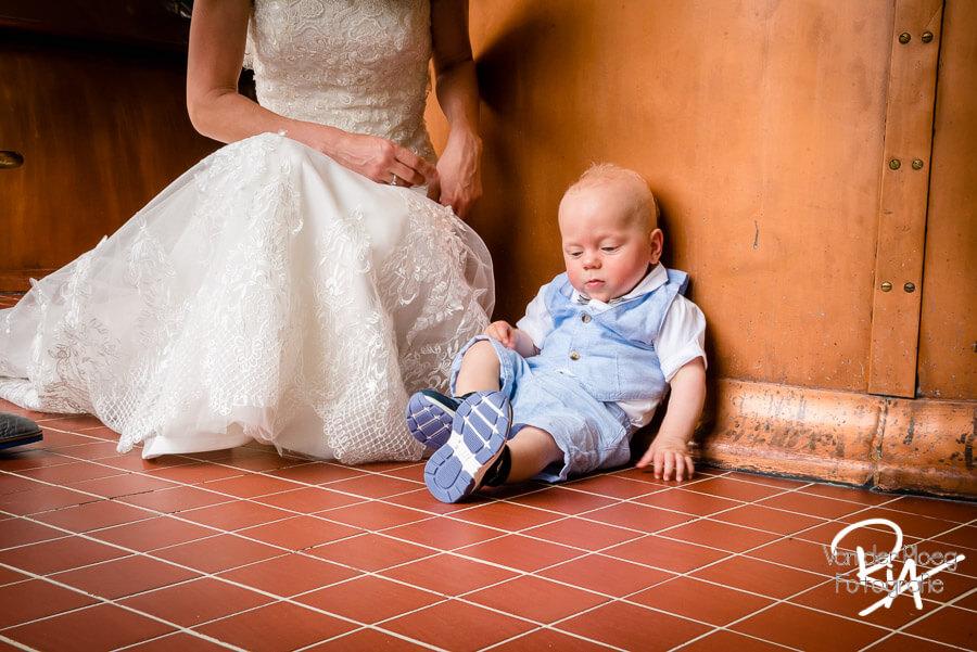 Fotograaf Valkenswaard zoontje bruidspaar