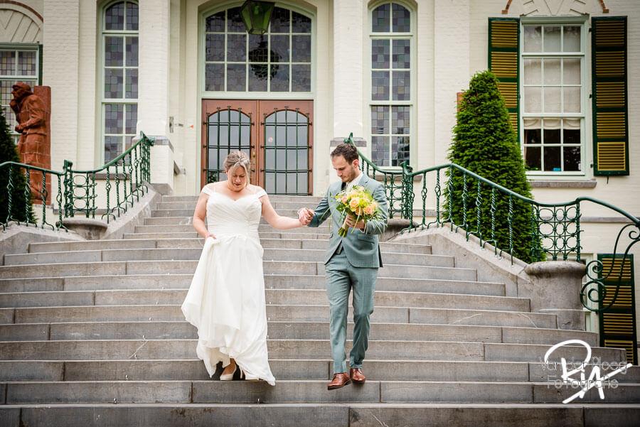 Fotograaf oirschot bruidspaar trap